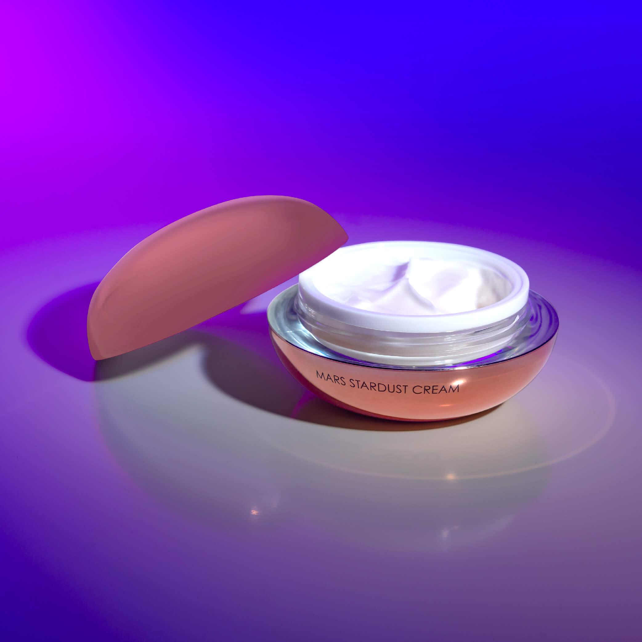 Celestolite Mars Magnetic Collection cream